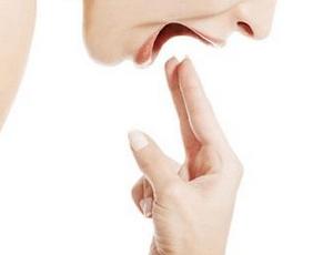 как вызвать рвоту после еды