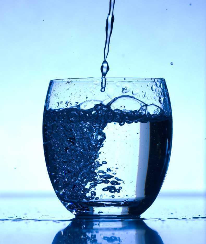 Польза воды и как поддерживать водный баланс в организме