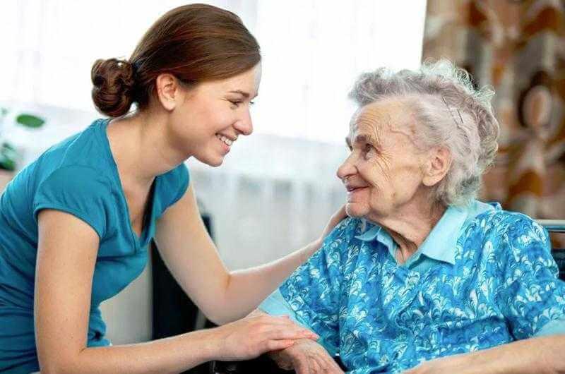 Качественный уход за пожилыми людьми