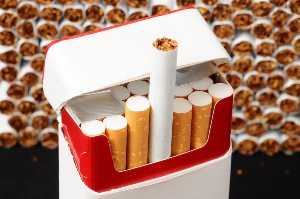 Вред курения для девушек и женщин