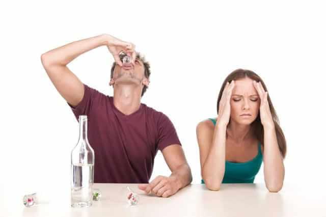 Как капельница от запоя поможет вылечить мужа?