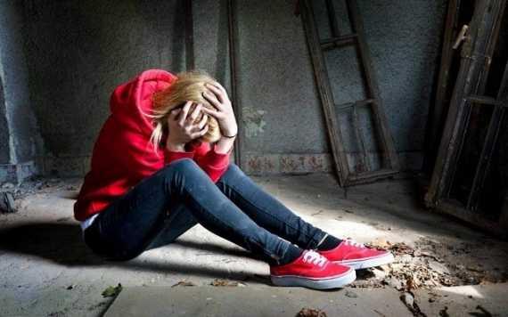 «Ломка» у наркоманов: чем поможет нарколог на дому?