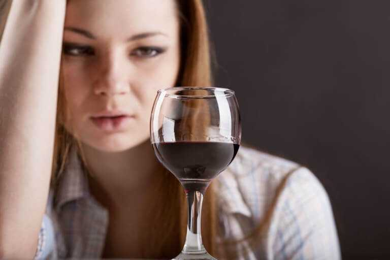 Можно ли вылечить женский алкоголизм?