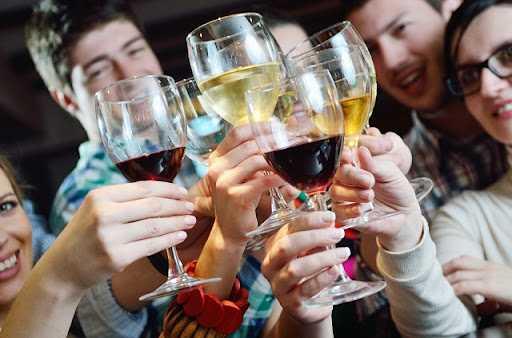 Почему алкоголики не считают себя больными